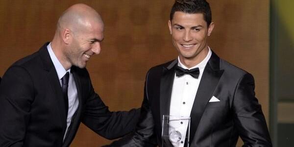 Ronaldo beats Messi to win Ballon d'Or