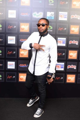 How Tunde Ednut Accidentally Built A Fortune From Instagram Ice prince, davido, lynxxx & jjc and afro touch to the popular christmas tune. how tunde ednut accidentally built a