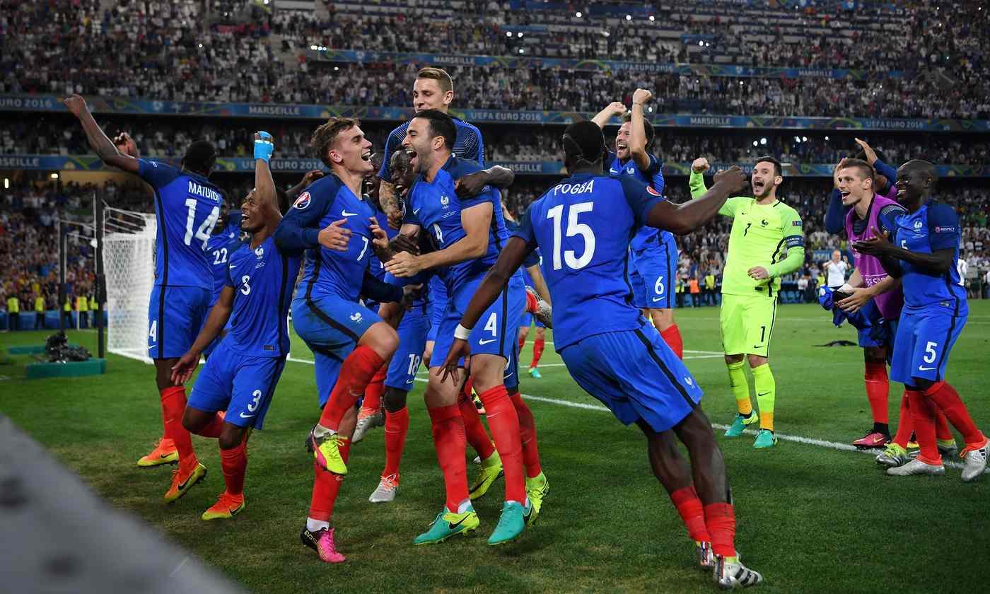 Euro 2016: Host France defeat world champ Germany