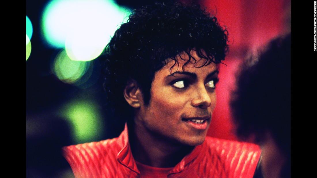 Fans Around The World Mark 10th Anniversary Of Michael Jackson's Death