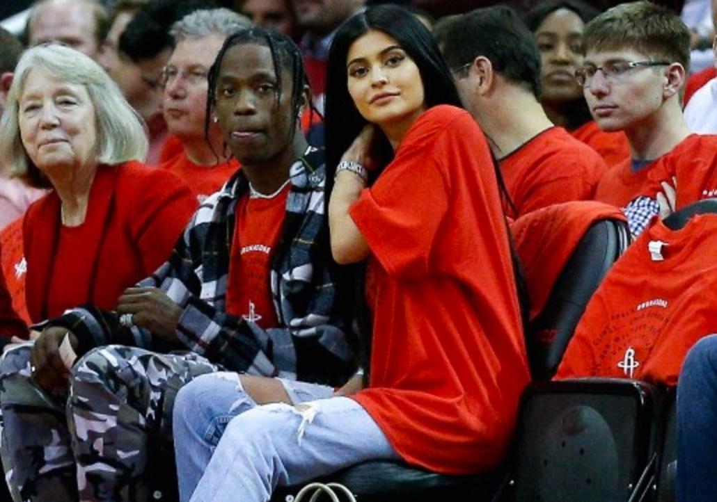 Kylie Jenner Reportedly Pregnant For Rapper Boyfriend, Travis Scott