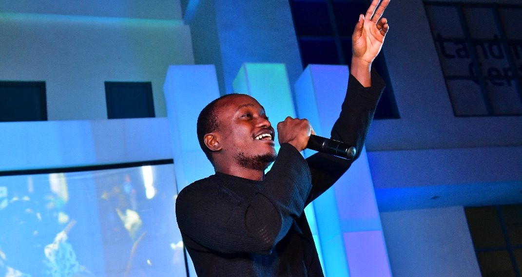 Brymo Causes A Stir On Twitter As He Declares Himself The Greatest Artiste Of All Time