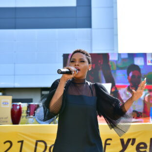 Chidinma Wows At  MTN's  21 Days of Y'ello Care Campaign Launch