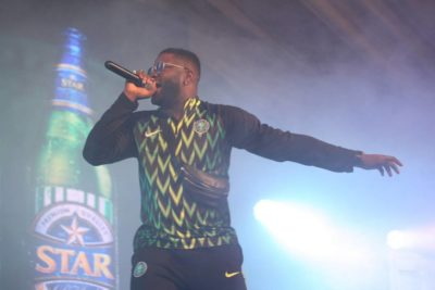 Skales, Slimcase, DJ Neptune Party With Fans At Super Eagles Dome
