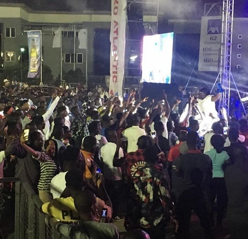 Day 2: Victor AD and Teni Makanaki Dazzle At One Lagos Fiesta On Christmas Day