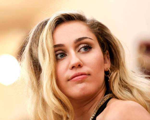 Miley Cyrus Loses N3.6 Million Worth Of Guitars As Thieves Hit Her Storage Unit In San Fernando Valley