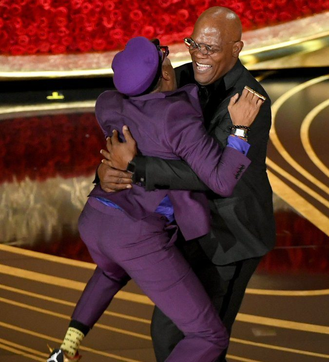 This Photo Of Spike Lee Jumping Into Samuel L. Jackson's Arms Is Everything